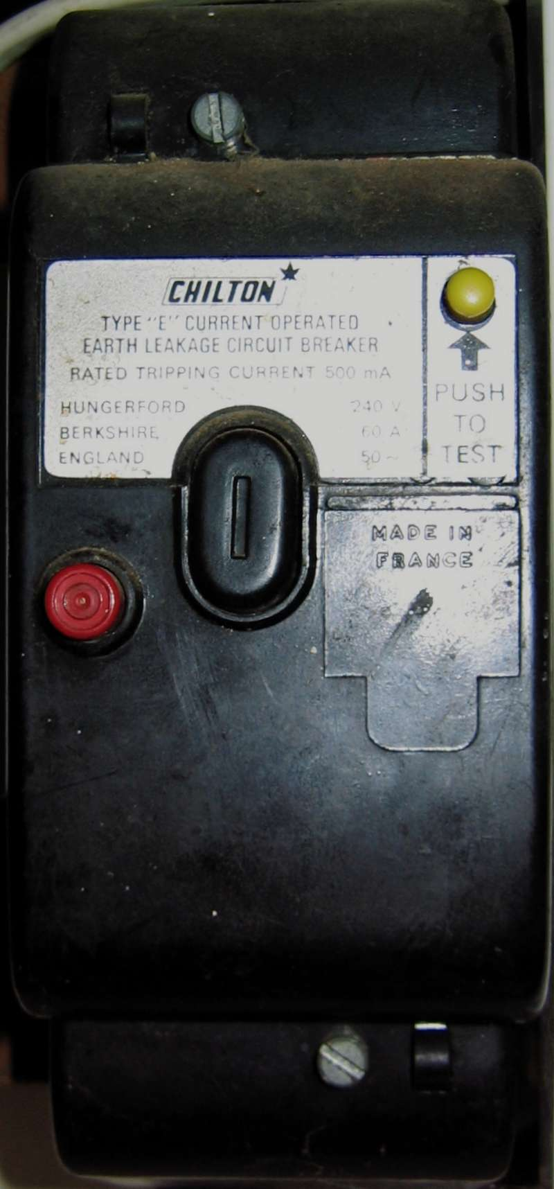 Eec247 Guide To Dealing With An Electrical Emergency Double Poles 2p Elcb Earth Leakage Circuit Breaker Diy Electricals Closeup Of